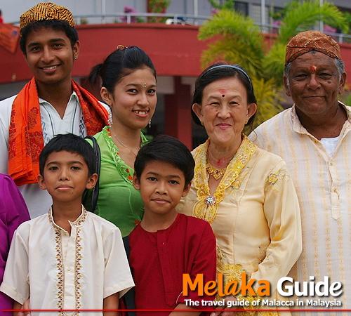 マレーシアは多民族国家。マラッカに住むチッティ(ヒンドゥー教を信仰するインド系マレーシア人)の皆さん
